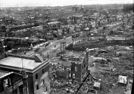 Kyobashi in the aftermath of the Great Kanto Earthquake. Total destruction, but the bridge survived and served the city well.