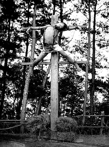 A real Japanese crucifixion. Straight up gangster shit.