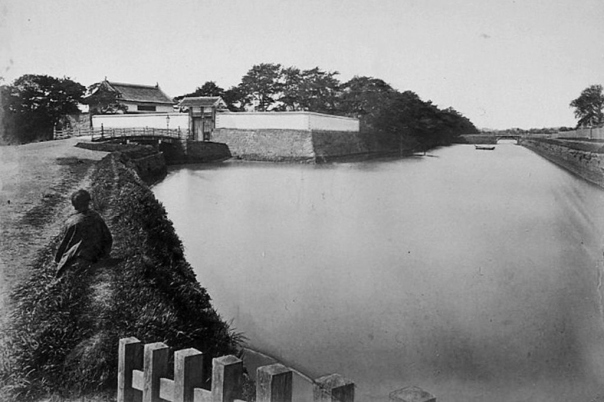 The landfills that created calm pools near the residences of the daimyo families and later the shogun family fueled the fires for future destruction of the classical beauty of Edo Bay.