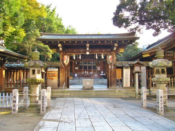 shitaya shrine entrance.jpg